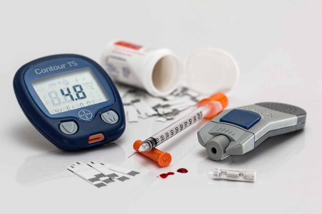 diabetes-blood-sugar-diabetic-medicine-46173.jpeg